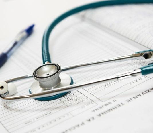 Słaba jakość publicznej służby zdrowia wpływa na większą popularność assistance medycznego