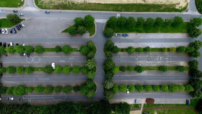 Nowoczesne systemy parkingowe – parkowanie nie musi być kłopotem!