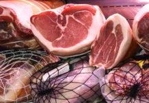 Skrzynki na mięso - jakie normy muszą spełniać pojemniki do transportu mięsa?