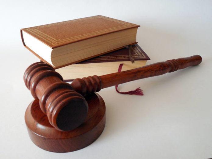 Pomoc prawna – Na co zwrócić szczególną uwagę przy współpracy z prawnikiem?