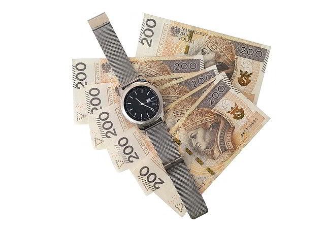 banknoty z pożyczki